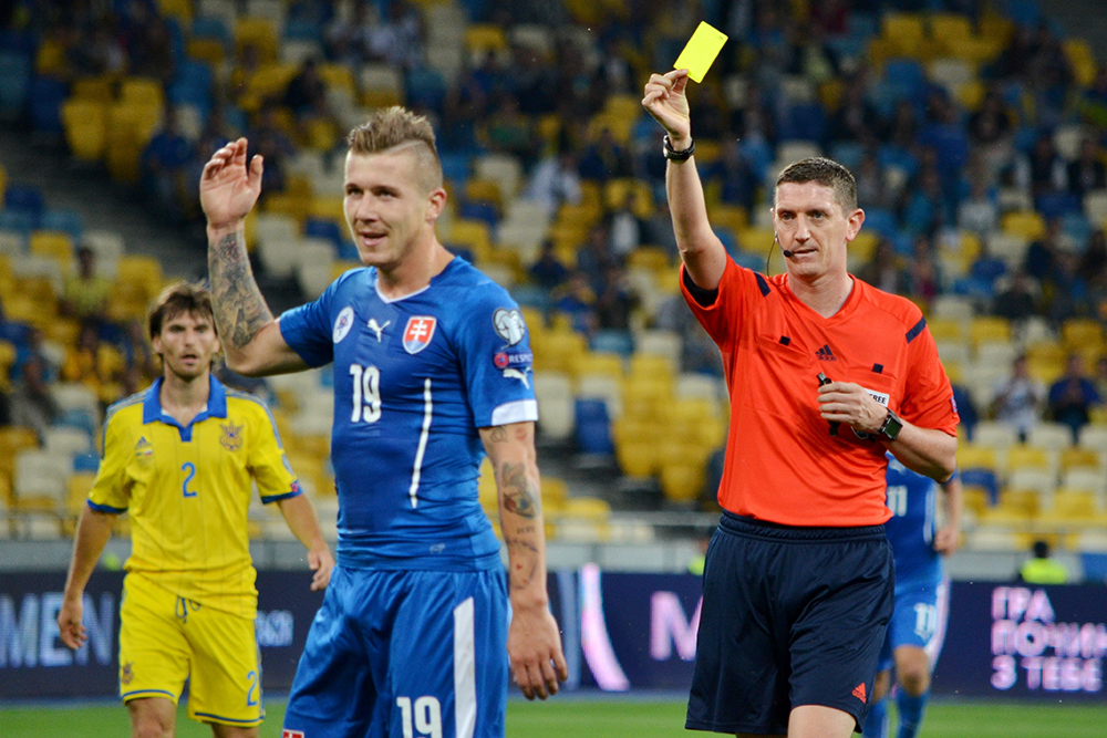 Yellow Card in Soccer: A Complete Guide to What it Means